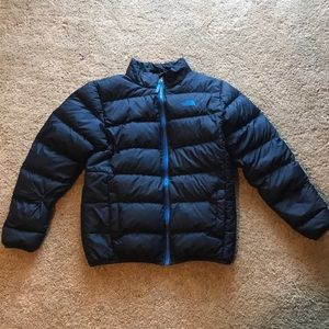 The north face navy blue puffer